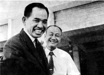 Ông chủ nhà sách Khai Trí và nhà làm tự điển Nguyễn Văn Khôn