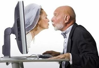 """Socrates :""""Hãy lấy vợ. Nếu bạn được người vợ hiền thì bạn có hạnh phúc. Chẳng may gặp người xấu thì bạn sẽ thành một triết gia"""""""