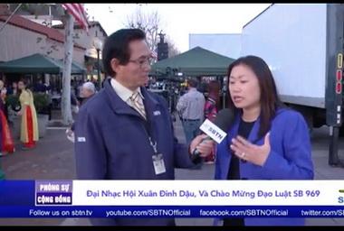 Thượng nghĩ sĩ Janet Nguyen, người đã đưa Dự luật bánh chưng (SB 969) ra Quốc hội California, đang trả lời phỏng vấn đài SBTN